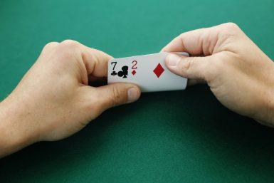 Bluff i poker