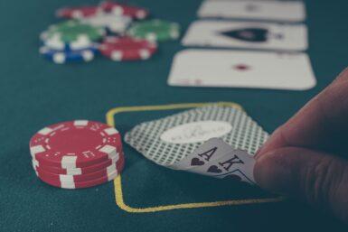 Sådan får du en god pokeraften